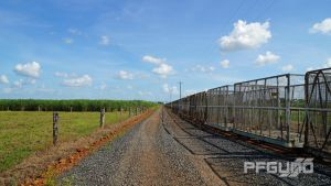 Gravel Road To The Distance by pfgun0