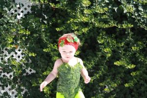 Baby Poison Ivy cosplay by cimmerianwillow