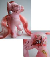 Custom pony Zombie CJ by eponyart