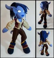 Umara, WoW Draenei Mage Plush by Threnodi