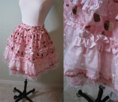 Cupcake Skirt by aimeekitty