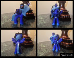 Gamer Luna Brushy Custom by Kwockodile
