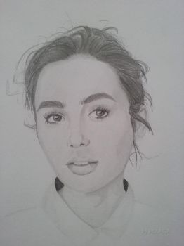 Lily Collins by xSERAFIAx
