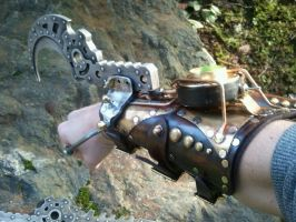 Steampunk hook gauntlet by Skinz-N-Hydez