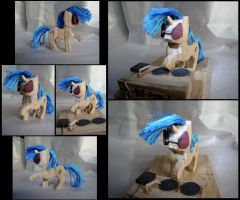 DJ PON-3 Woodwork by xofox
