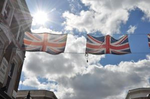 Sun, Sky and Union jack by foreyesrevuk