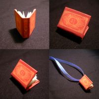Great Expectations Mini Book by KatGirlStudio