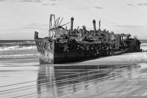 Old Ship Wreck by waspo