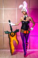 A sword mirrors its owner (Riven) by senseNcreativity
