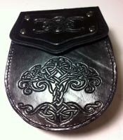 Hand-tooled sporran/belt pouch by SonsOfPlunderLeather