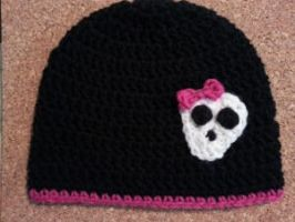 Girly Skull with Bow Applique Crochet Hat by crafterchick