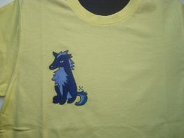 Wolf on shirt by Takiusa