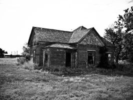 Abandoned Home Fluvanna by Oultre