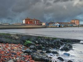 Hartlepool harbour v2 by steveearl