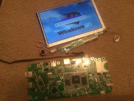 Windows CE Netbook dismantled by MacMachine95