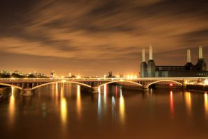 Battersea Power Station by prossi