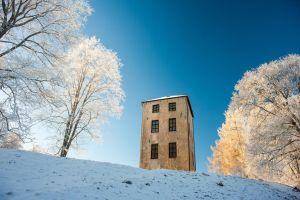 Frosty tower by Sekundkvadrat