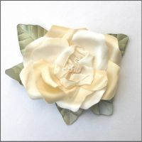 Pearl Rose by tracyholcomb