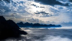 Above a sea of Clouds by Notandanavn