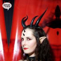 Customer in Double Horns by che4u