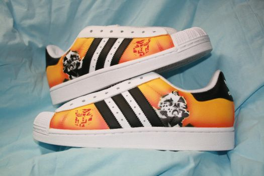 Bumblebee shoes by Innom