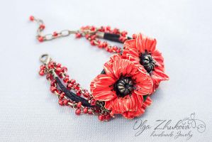 Bracelet with poppies made of polymer clay by polyflowers