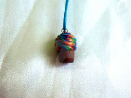Rainbow cupcake pendant by Bilongui