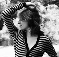 Hello... by Lucsija