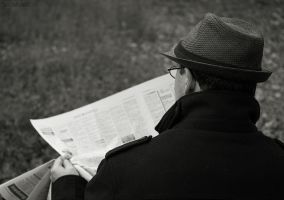 Past: reading newspapers by OliviaMichalski