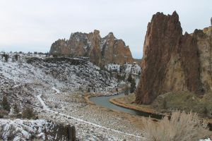 Crooked river and Smith rock by KickingBird97