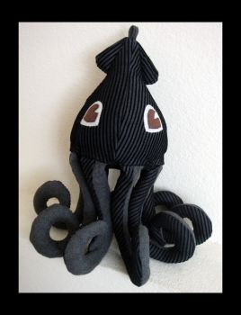 Black Gray Squid Plush 5 by TheCurseofRainbow