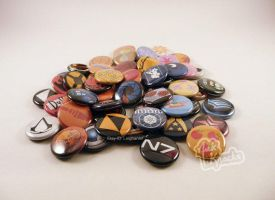 Button pile! One Inch Fandom buttons by leighanief