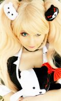 Enoshima Junko and Monokuma Cosplay by Lumiri312