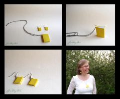 Yellow miniature books by BlueShadowM