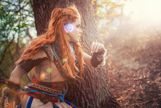 Aloy Cosplay by ArtcoreCosplay