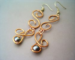 Earrings Cognac enamelled Copper Wire by bleek70