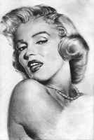 Marilyn Monroe by golden-emerald