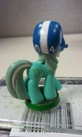 04: Lyra, Back by PONYPAINTTHEPONY
