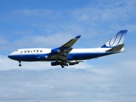 United Airlines B747-400 by captainflynn