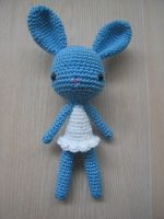 Toy #37 : Blue Bunny by Poolvos
