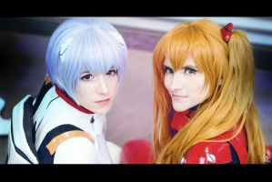 We're stronger toegether by AetheyaCosplay