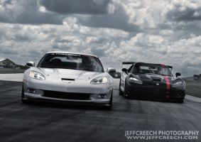 Vette vs Viper by jcreech