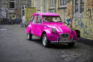 pink car by PipFish