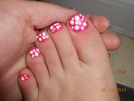 Pink and white nails by Agathanaomi
