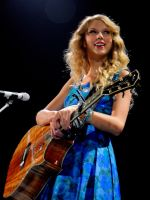 Taylor Swift2 by JessicaWhitfield