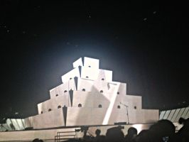 Muse Concert 13/12/13 - Isolated System by Necrophilliacness