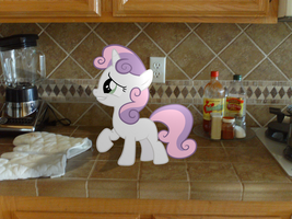 Sweetie Belle comes over for lunch by JudgementMaster