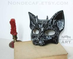 Horned Cat mask with silver designs by nondecaf