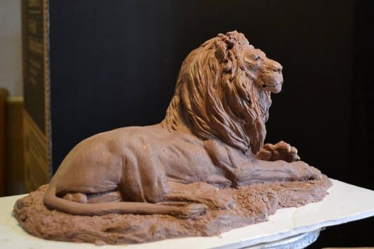 reclining Lion by kitmangore