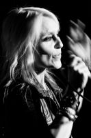 Doro Pesch live unplugged 2 by woodfaery